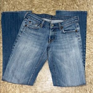 7 for all mankind light wash bootcut jeans size 27